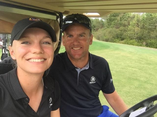 Nữ golf thủ xinh đẹp tiết lộ sốc về việc bị lạm dụng tình dục trong quá khứ - 2