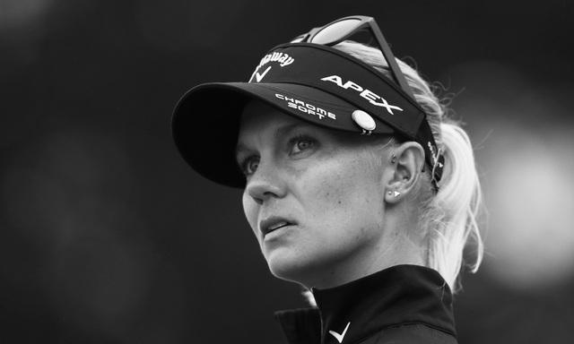 Nữ golf thủ xinh đẹp tiết lộ sốc về việc bị lạm dụng tình dục trong quá khứ - 1
