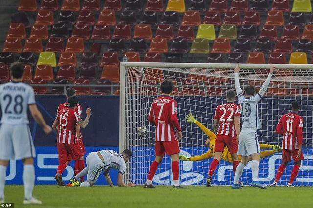 Atletico Madrid 0-1 Chelsea: Siêu phẩm xe đạp chổng ngược của Giroud - 4