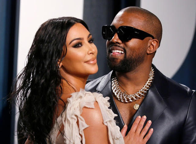 Kim Kardashian bị chỉ trích khi khoe tranh con vẽ - 7