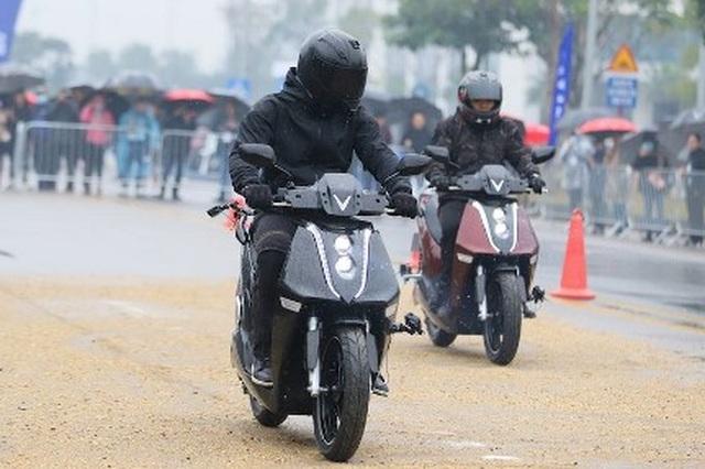 Feliz và Theon - bộ đôi xe máy điện đáng mua nhất năm - 2