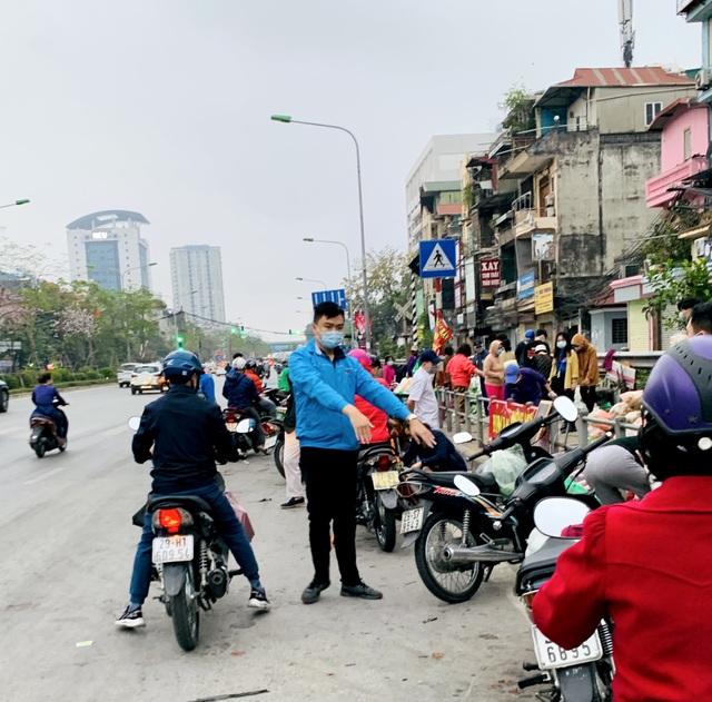 Thanh niên Thủ đô tất bật hỗ trợ tiêu thụ 122 tấn nông sản Hải Dương - 4