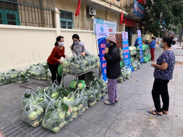 Thanh niên Thủ đô tất bật hỗ trợ tiêu thụ 122 tấn nông sản Hải Dương - 5