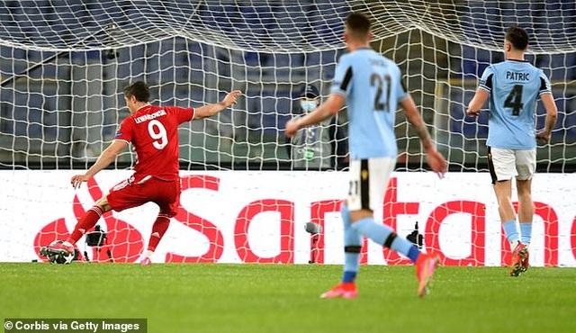 Lewandowski tỏa sáng, Bayern Munich thắng đậm Lazio - 1
