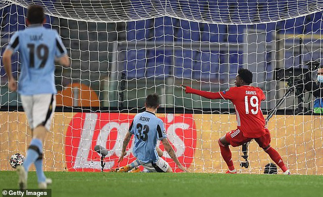 Lewandowski tỏa sáng, Bayern Munich thắng đậm Lazio - 5