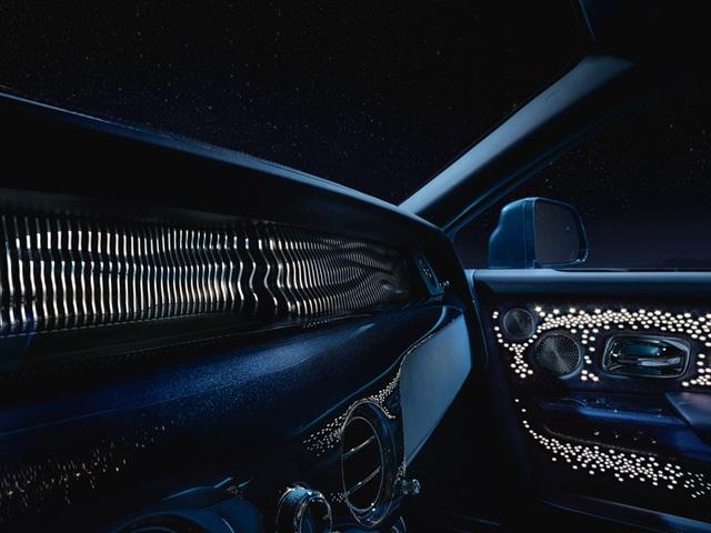 Chiếc Rolls-Royce độc đáo lấy cảm hứng từ thời gian, vũ trụ và Einstein - 4