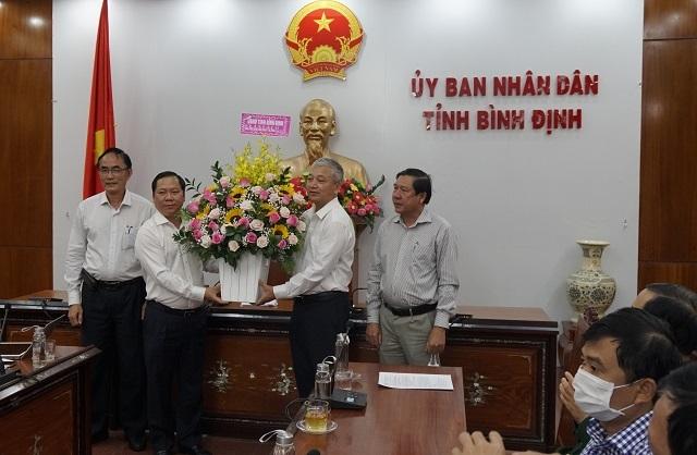 Cân nhắc đón du khách quốc tế về Bình Định - 2