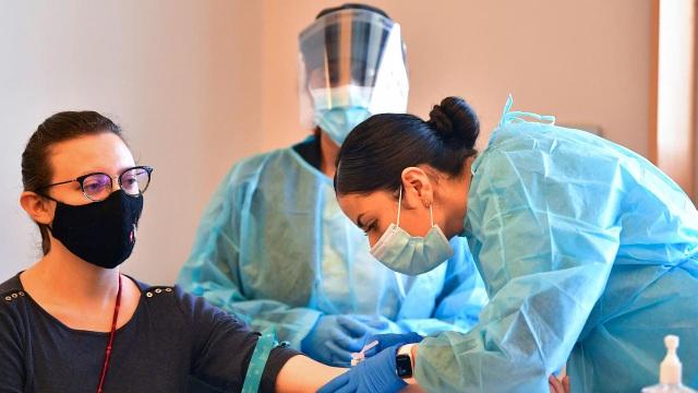 Biến chủng SARS-CoV-2 quỷ dữ có thể gieo ác mộng cho California - 1