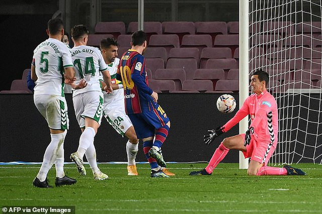Nc247info tổng hợp: HLV Koeman lại ca ngợi Messi lên mây sau chiến thắng trước Elche