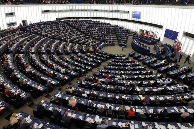 Châu Âu tranh cãi nảy lửa vì thỏa thuận đầu tư với Trung Quốc - 1