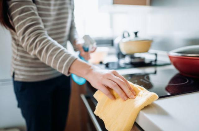 Sau ly hôn, chồng phải trả tiền làm việc nhà cho vợ cũ - 1