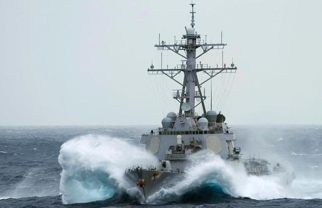 Mỹ đưa tàu chiến qua eo biển Đài Loan, Trung Quốc giận dữ đáp trả - 1