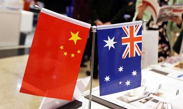 Rượu vang Australia bị ùn ứ ở cửa khẩu Trung Quốc - 1