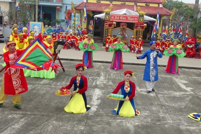 Độc đáo Lễ hội Cầu ngư đầu năm mới của ngư dân làng biển - 3