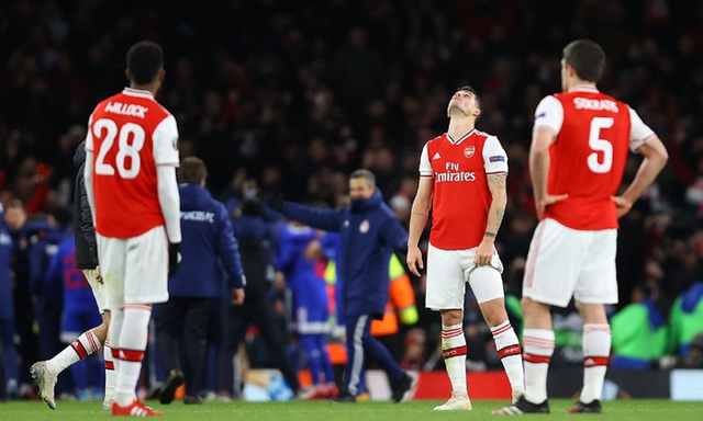 Man Utd đại chiến AC Milan, Tottenham và Arsenal dễ thở - 4