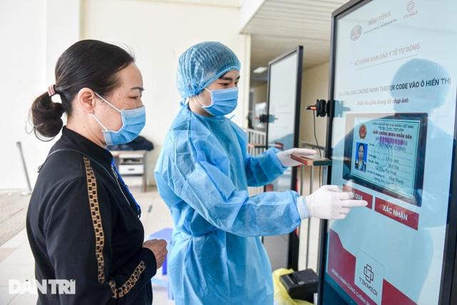 Nhiệm vụ đặc biệt của bác sĩ 23 năm cứu chữa bệnh nhân ung thư - 3