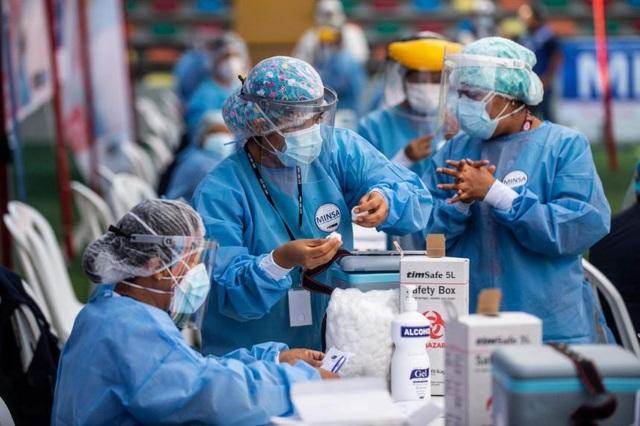 Bê bối vắc xin VIP rúng động Nam Mỹ giữa dịch Covid-19 - 1