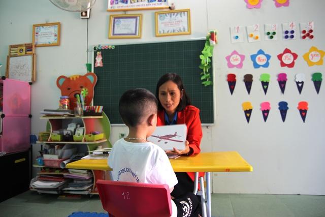 Cô giáo 8x và hành trình đến với những đứa trẻ chuyên biệt - 3