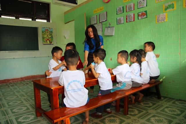 Cô giáo 8x và hành trình đến với những đứa trẻ chuyên biệt - 1