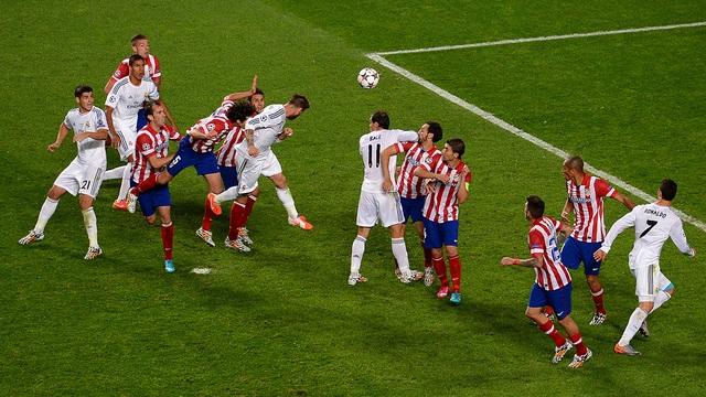 Real Madrid luôn được trọng tài thiên vị: Kẻ cướp ở trời Âu - 2
