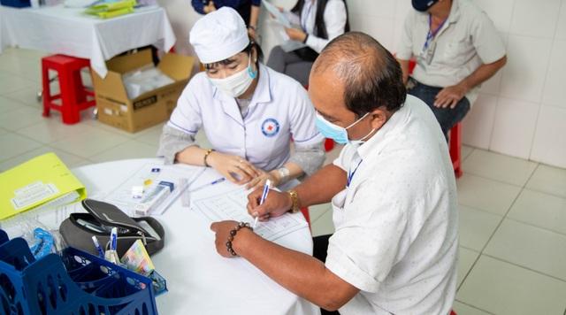 Hơn 800 người đăng ký tiêm thử vắc xin ngừa Covid-19 made-in Vietnam - 3