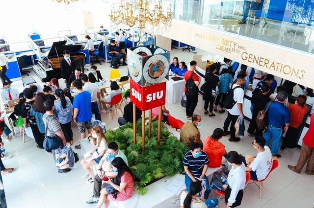 Đại học Quốc tế Sài Gòn nhận hồ sơ xét tuyển học bạ từ 1/3 - 1