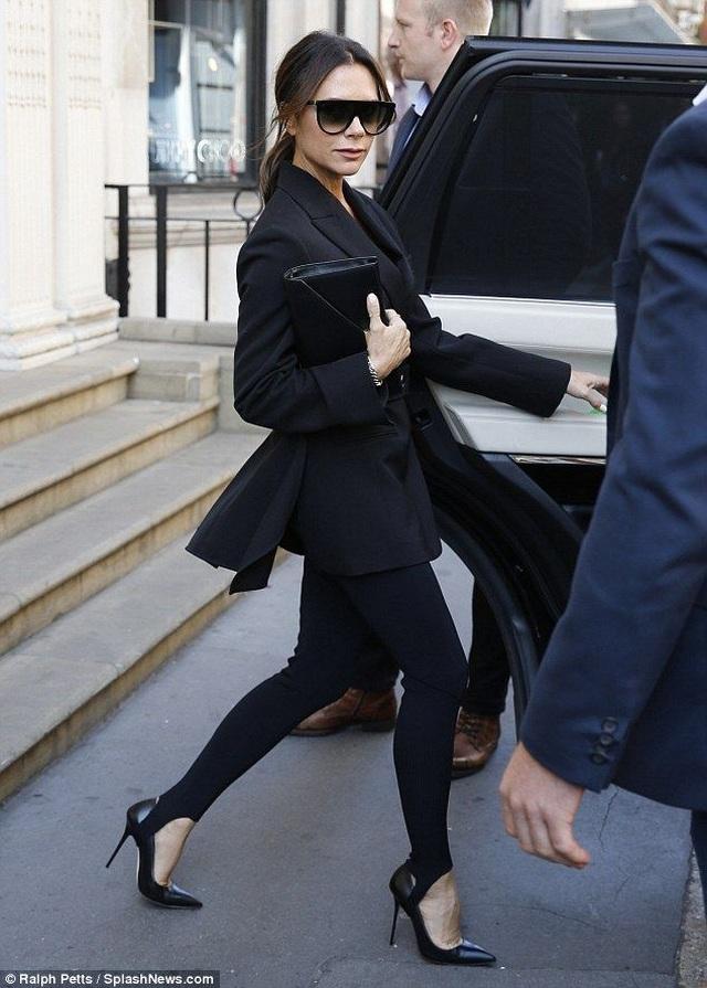 Nhãn hiệu thời trang của Victoria Beckham liên tục thua lỗ - 3