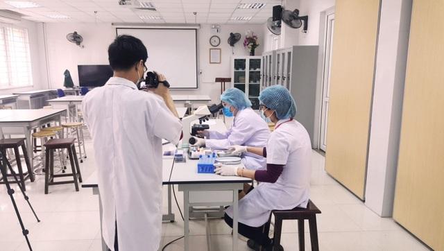 Sinh viên trường Y Việt Nam được nhiều bệnh viện lớn thế giới tiếp nhận - 3