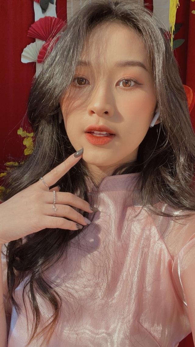 Điểm danh 7 gương mặt hot girl xinh đẹp nổi bật trong tháng 2 - 2