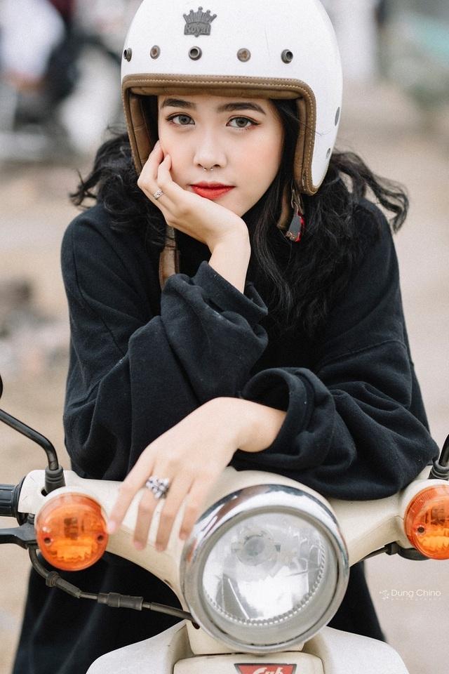 Điểm danh 7 gương mặt hot girl xinh đẹp nổi bật trong tháng 2 - 7