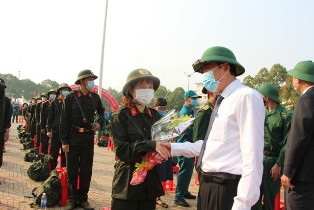 Nữ tân binh nhập ngũ: Nghĩa vụ bảo vệ Tổ quốc không riêng của nam giới - 5
