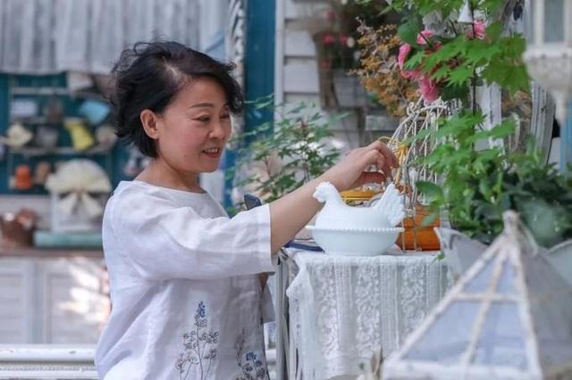 Người phụ nữ mua nhà xa thành phố biến thành thiên đường nghỉ cuối tuần - 7