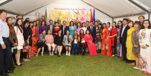 Đầm ấm Tết cộng đồng của người Việt tại Nam Phi - 1