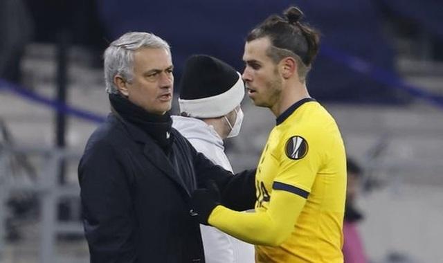 Thay đổi thái độ, HLV Mourinho khen Gareth Bale ngút trời - 2