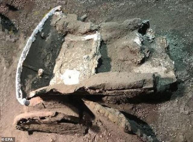 Chiến xa La Mã nguyên vẹn nhất vừa được tìm thấy - 3
