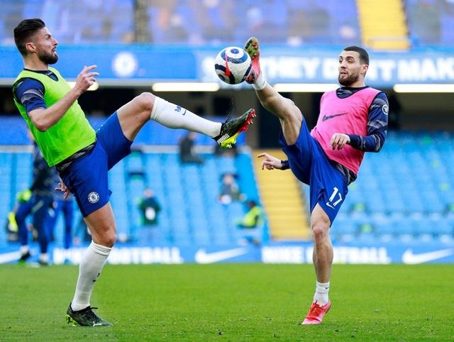 Chia điểm với Chelsea, Man Utd kém Man City 12 điểm - 2