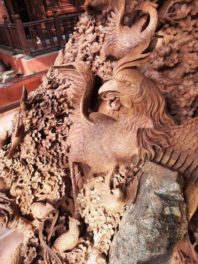 Choáng ngợp với bình hồ lô bằng gỗ, nặng 6 tấn độc nhất Việt Nam - 8
