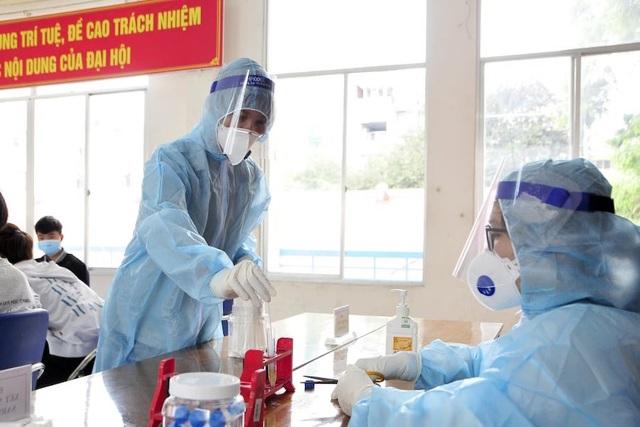 TPHCM: Xét nghiệm SARS-CoV-2  cho gần 4.000 thanh niên chuẩn bị nhập ngũ - 6