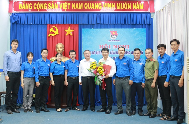 Điều động Phó Bí thư Tỉnh đoàn làm Phó Bí thư Huyện ủy Vân Canh - 2