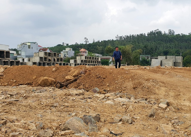 Phú Yên: Buông lỏng quản lý để doanh nghiệp tận thu khoáng sản trái phép - 2