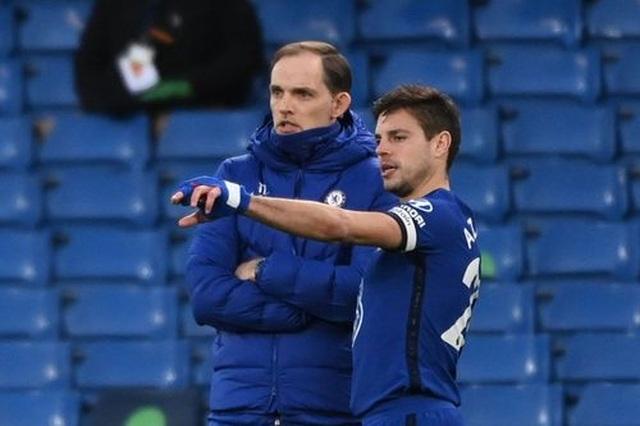 Chia điểm với Chelsea, Man Utd kém Man City 12 điểm - 9
