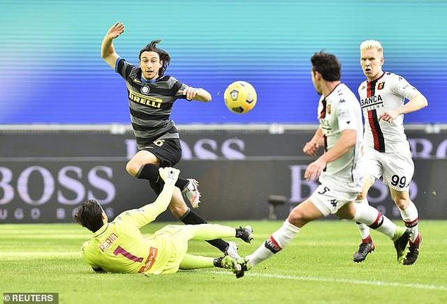 Inter Milan vững ngôi đầu, AC Milan đánh bại AS Roma - 3
