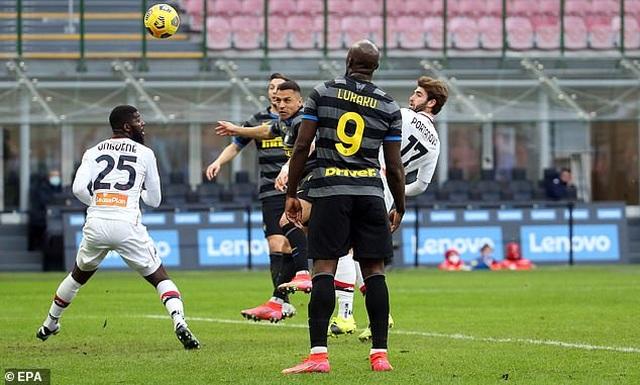 Inter Milan vững ngôi đầu, AC Milan đánh bại AS Roma - 5