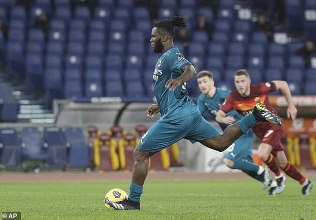 Inter Milan vững ngôi đầu, AC Milan đánh bại AS Roma - 8