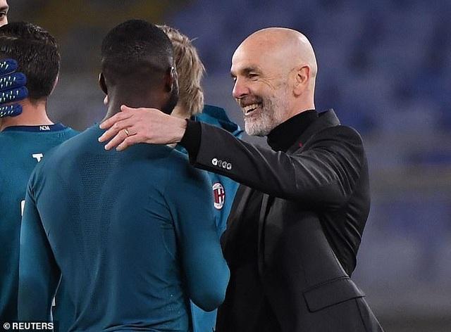 Inter Milan vững ngôi đầu, AC Milan đánh bại AS Roma - 14