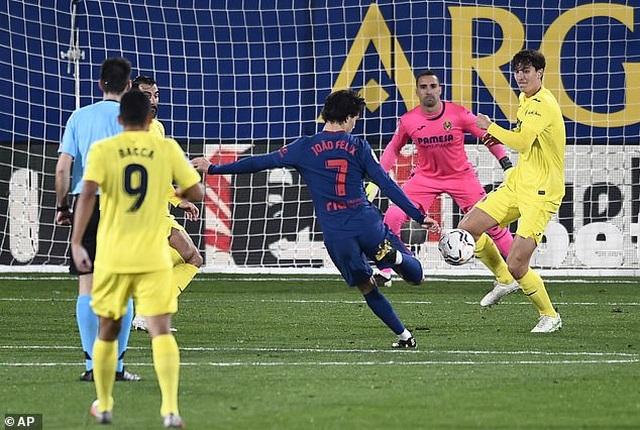Hạ Villarreal, Atletico bỏ xa Barcelona và Real Madrid - 6