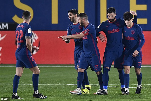 Hạ Villarreal, Atletico bỏ xa Barcelona và Real Madrid - 11