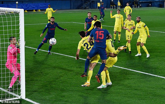 Hạ Villarreal, Atletico bỏ xa Barcelona và Real Madrid - 1