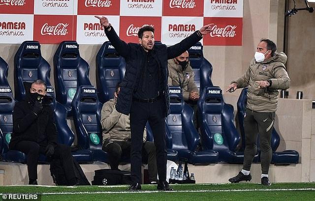 Hạ Villarreal, Atletico bỏ xa Barcelona và Real Madrid - 10