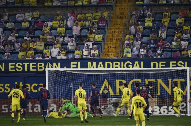 Hạ Villarreal, Atletico bỏ xa Barcelona và Real Madrid - 5